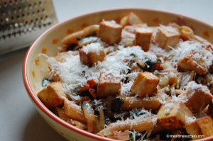 Whole wheat penne and tofu pasta